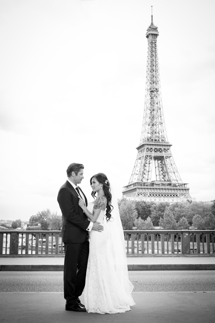 intimate wedding at the Eiffel Tower